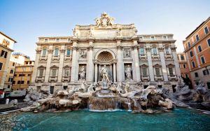 Trevi-Fountain-Rome-Italy